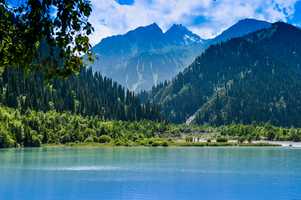 Issyk Lake private sightseeing guided tour